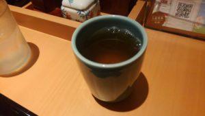 やよい軒 西葛西店のお茶
