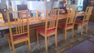 肉の村山 葛西店のカウンター席
