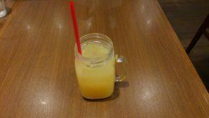 たまご洋食 グリルモアのドリンク リンゴジュース