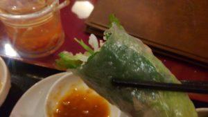 ハローベトナムレストラン 西葛西店のチキンライスと牛肉のフォーのセットの生春巻き