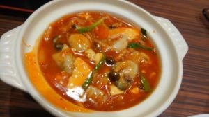 阿里城 スナモ店の豆腐とカキのモチ入り中華風チゲ