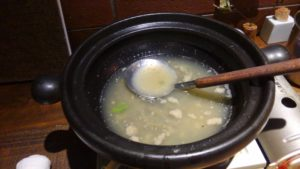 山芋の多い料理店のとろろ鍋を完食